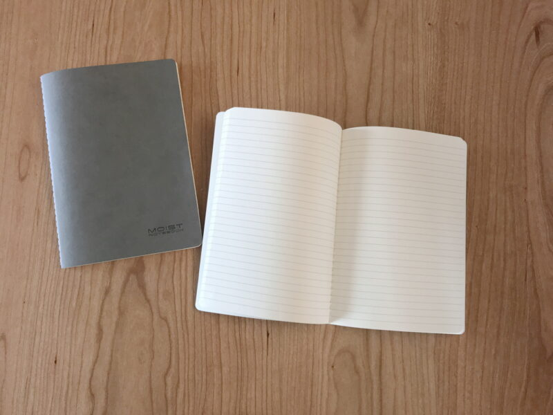 セリアのノート
